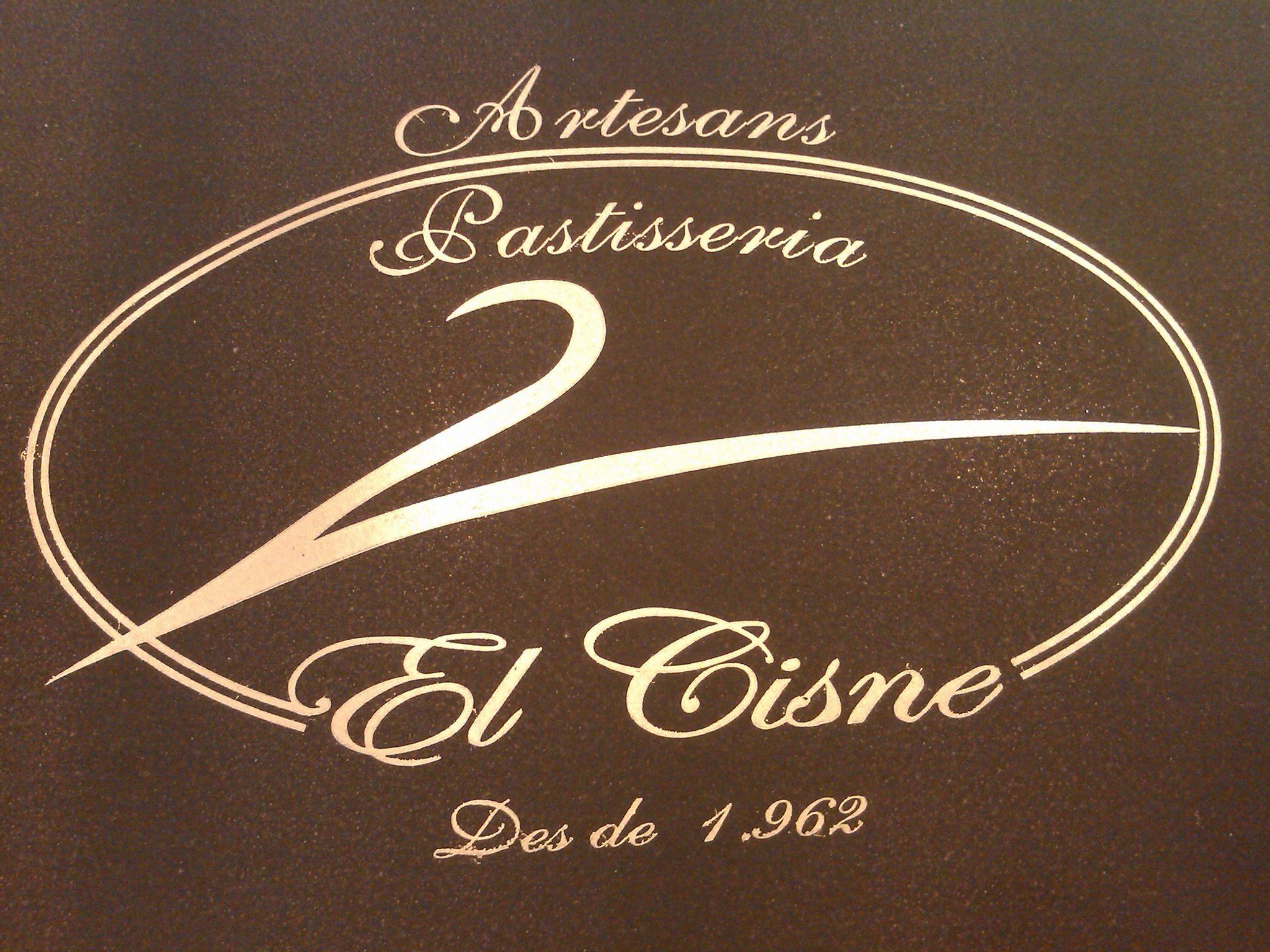 El Cisne Logo