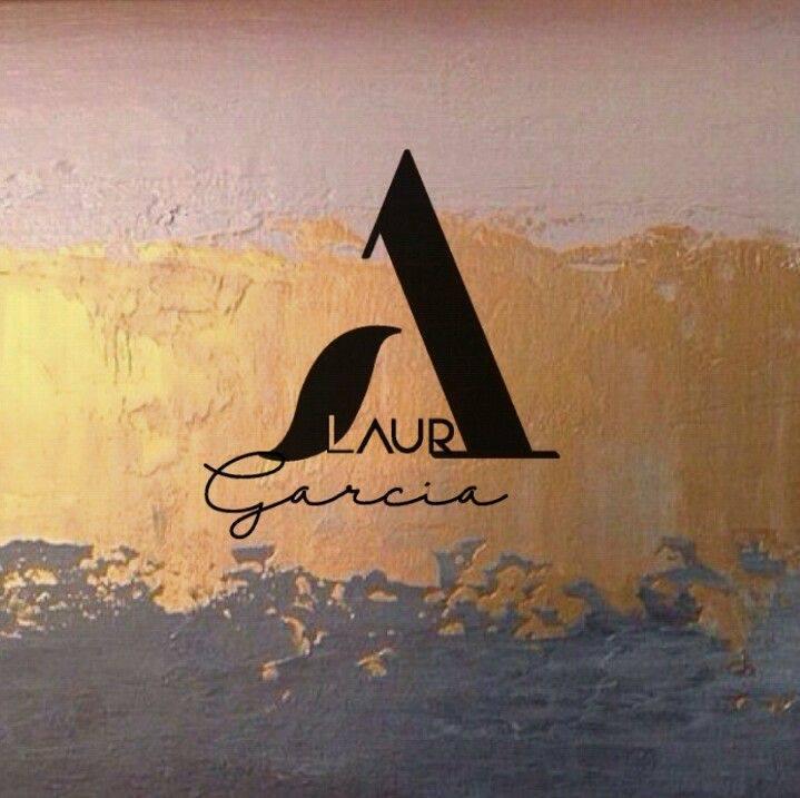 Laura Garcia centró estetico Logo