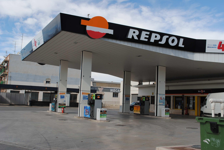 Estación de Servicio Repsol Logo